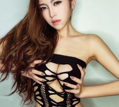 性感抹胸露乳露背包臀睡裙破洞镂空透视成人情趣内衣女连体衣